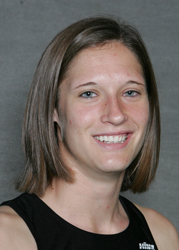 Kaelene Lundstrum returns as the top Gustavus performer.  Lundstrum won the pentathlon and high jump, while taking third in the 55-meter hurdles at the 2009 MIAC Indoors.