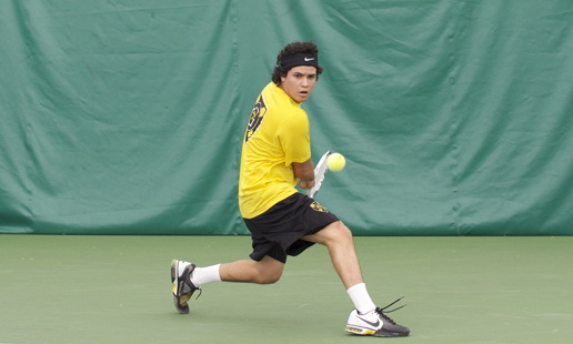 Juan Luis Chu sets up for a back-hand Saturday at the ITA Indoor Championship. Photo courtesy of Jeff Hunt (J-Buddy Photography)