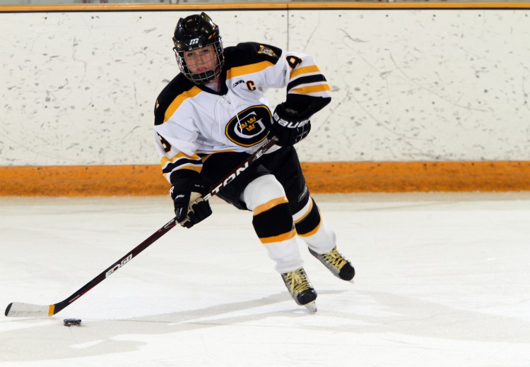 Mollie Carroll - MIAC Women's Hockey Athlete of the Week. Photo courtesy of Sport PiX