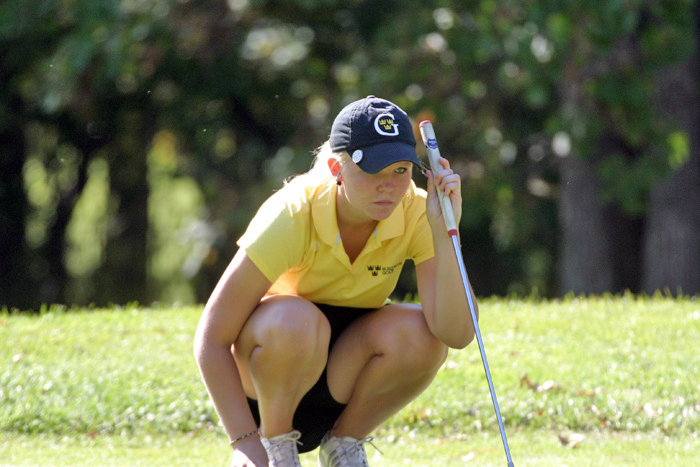 Sam Falk named MIAC Women's Golf Athlete-of-the-Week
