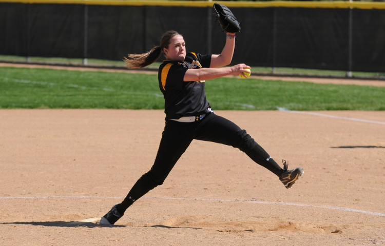 Sarah Rozell is this week's recipient of the MIAC's Pitcher-of-the-Week award. Photo courtesy of Sport PiX.