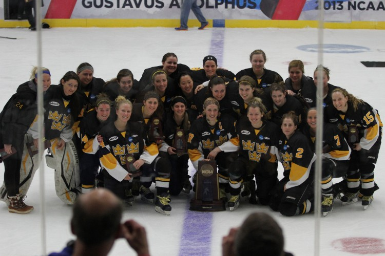 The Gustavus women's hockey team finished its season in fourth place (Photo courtesy of Dan Coquyt `14 - Gustavus Sports Information)