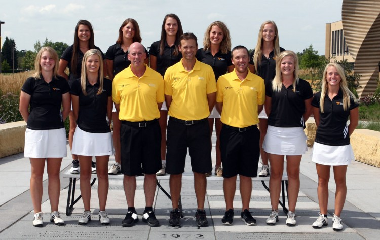 The 2013 Gustavus women's golf team (team photo courtesy of Sport Pix Photography).