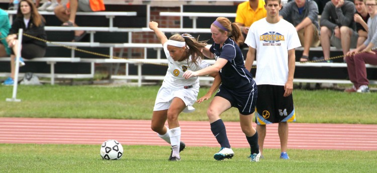Amanda Cartony (Sr., Stillwater, Minn.) scored twice in Monday's 4-2 win over UW-Stout.