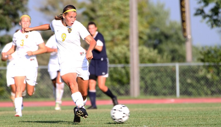 Amanda Cartony scored her third goal of the season in Wednesday's loss.