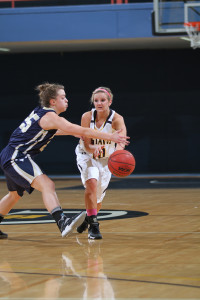 Rachelle Blaschko recorded a game-high five steals and brought down six rebounds.