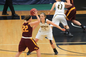 Kelsey Carpenter led Gustavus's bench in scoring with 15 points.
