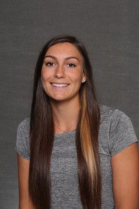 Sid Dirks dropped just four total games in both her doubles and singles matches on Friday.
